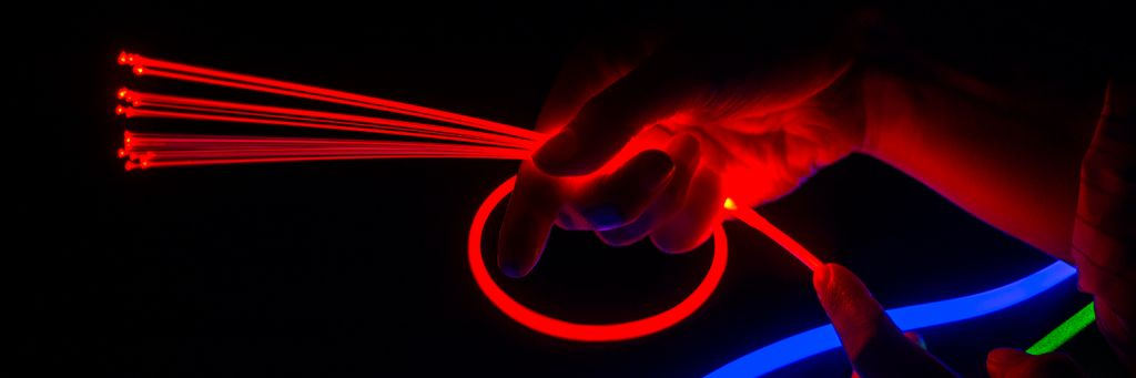 Glowing Fiber Optic Lighting |Corning Fibrance Light