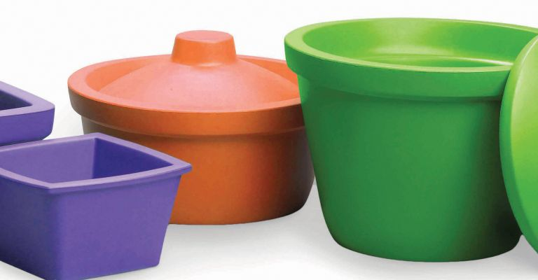 Ice Pans and Buckets